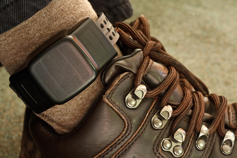 How Do GPS Ankle Monitors Work? | House Arrest Ankle